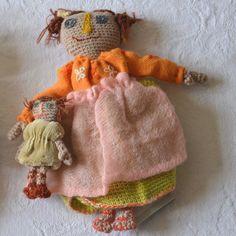 """Poupée Sophie Digard crochet """"cueillette"""""""