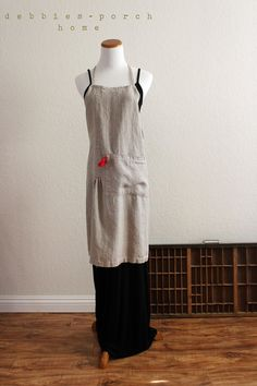 gorgeous (and what a great price at 45.00) :: natural linen pintuck full apron by debbiesporch on Etsy