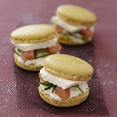 macarons surprises au caprice des dieux Plus Macarons, Tapas, Xmas Food, Christmas Cooking, Christmas Christmas, Christmas Ideas, Fingers Food, Snacks Für Party, Just Cooking