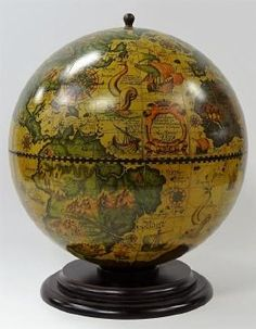VINTAGE ITALIAN TABLE TOP GLOBE BAR
