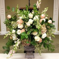 fresh arrangement: rose, English garden rose, snap dragon, antique hydrangea, lisianthus, salal, ming fern, wax flower, alstroemeria #bloomspreserved #byAmyMilau