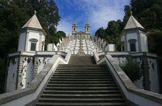 Bom Jesus do Monte bei Braga (Portugal) und die Treppe der fünf Sinne. www.claudoscope.eu