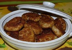 sk It is very important for the meatballs t. Mince Recipes, Cooking Recipes, Mince Meat, Ground Meat, Russian Recipes, Food To Make, French Toast, Food And Drink, Beef