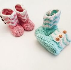Your place to buy and sell all things handmade Crochet Stitches, Crochet Hooks, Crochet Patterns, Crochet Baby Booties, Crochet Slippers, Baby Slippers, Blue Party, Knitting Accessories, Baby Shower Gifts