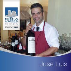 Este chico tan estupendo es Jose Luis; durante el verano trabaja en el Restaurante Italiano Chiesa para echar una mano a Andrea, ha sido un placer tenerlo aquí con nosotros este verano y esperamos que vuelva para la temporada que viene. Hasta pronto Jose Luis :-)