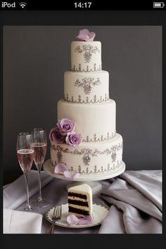 Vera wang wedding cake!