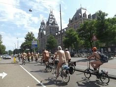 World Naked Bike Ride Amsterdam's purpose is to draw attention to oil dependency and the negative social and environmental impacts of a car dominated culture.