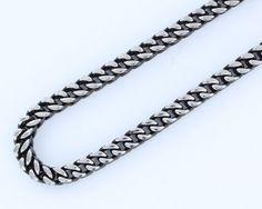 Collar de acero barbado cuadrado 6 mm 60 cm