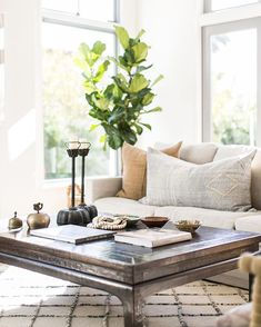 Neutral living room, Wendy Word Design