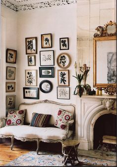 Botanicals gallery wall in a neutral palette From Australian Vogue Living Art Of Living, Living Room Decor, Living Spaces, Vogue Living, Deco Addict, Eclectic Decor, My New Room, Interiores Design, Interior Inspiration