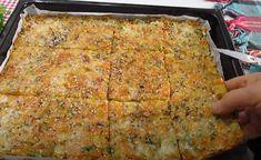 Šťavnatý zeleninový koláč se strouhaným sýrem - VařímeDobroty.cz Yogurt, Lasagna, Pizza, Cheese, Ethnic Recipes, Food, Panini, Hamburger, Muffin
