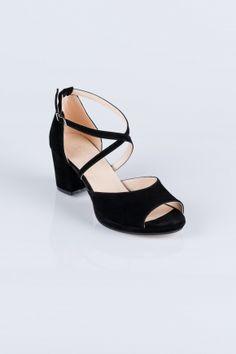 Siyah Süet Abiye Ayakkabı AB1012 | Abiyefon.com Wedges, Sandals, Shoes, Fashion, Moda, Shoes Sandals, Shoe, Shoes Outlet, Fashion Styles