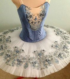 So Challenge 7 theme is 'En Pointe' which means Ballet tutus! So the goal for this it to re-create your tutu, if you can't do a tutu then you may create a dress inspired by your t. Tutu Ballet, Ballet Dancers, Ballet Feet, Blue Tutu, Beautiful Costumes, Ballet Beautiful, Bustier, Dance Outfits, Dance Dresses