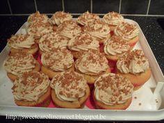 Gevulde speculooscupcakes Cupcake Toppings, Sweet Caroline, Cake Fillings, Mini Cakes, Cupcake Cookies, High Tea, Creme, Cake Decorating, Sweet Treats