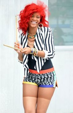 .Riahanna <3- Oh nah Oh nah whats my name love that song & her outfit