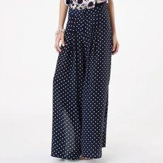 E já que hoje o post dos looks foi com pantalonas, nada mais justo que opções de onde encontrá-las por aí!     Daslu:                     ...