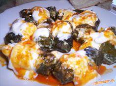 ***SARMA - plneny hroznovy list*** Sushi, Eggs, Chicken, Meat, Breakfast, Ethnic Recipes, Food, Beef, Morning Coffee