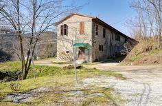 https://www.realestatediscount.it/aste-immobili/edificio-rurale-composto-da-tre-unita-immobiliari-e-terreni-119/ Partecipa all'asta: Edificio rurale composto da tre unità immobiliari e terreni   Rocca San Casciano, Forlì-Cesena. 320.000 Euro. Per scoprire tutti i dettagli dell'asta e consultare la documentazione dell'immobile, visita subito il nostro sito.