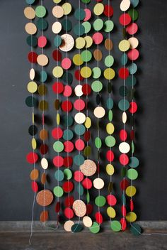 Paper & Thread Garland #Photography #Backdrop