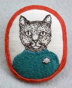 Mariet Vosloo es la responsable del blog Kittens With Mittens, en el que muestra las creaciones de su marca, Poncho. Interesada por los objetos hechos a mano desde pequeña, creó la marca al combina…