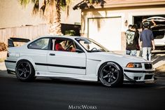 I usually don't like e36's but this one looks great. Kudos to whoever built and owns this.