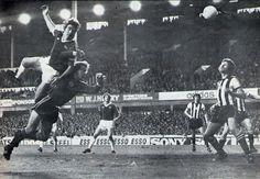 Bob Latchfors scores his second against Newcastle 1977-78