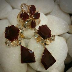 Puro luxo... quartzo rubi contornado c/ zircônias ambar.... TÂNIA SEMI-JÓIAS..enviamos p/ td Brasil !