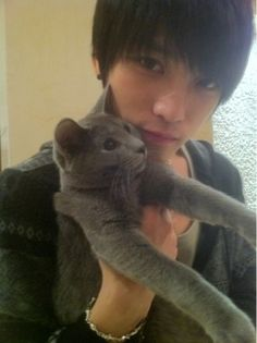 JYJ's jaejoong and cat