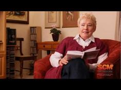Watch Nina Smit speak about her Daily Planner for Women 2013.mp4