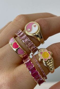 Nail Jewelry, Funky Jewelry, Trendy Jewelry, Cute Jewelry, Jewelry Trends, Jewelry Accessories, Fashion Jewelry, Jewellery Rings, Ring Armband