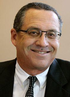 Santa Rosa Plastic Surgeon Dr. Francisco Canales