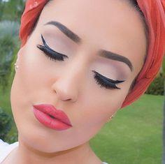 "39 curtidas, 1 comentários - Vjosa Paçuku (@vjosamua) no Instagram: ""👄 make up details on last post #makeupbyvjosa"""