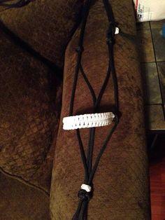 Horse size rope halter. Blaze bar noseband, colors: white.