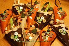 ♥♥♥ Corações e botões... by sweetfelt \ ideias em feltro, via Flickr