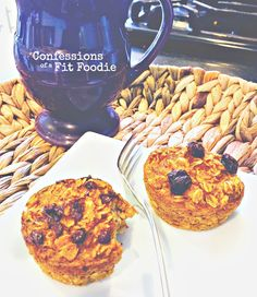 21 Day Fix Approved Recipe for Baked pumpkin Oatmeal Muffins, from Confessions of a Fit Foodie 21 Day Fix Breakfast, Breakfast Muffins, Breakfast Recipes, Breakfast Ideas, Free Breakfast, Pumpkin Oatmeal Muffins, Baked Oatmeal Cups, 21 Day Fix Desserts, Healthy Foods To Eat