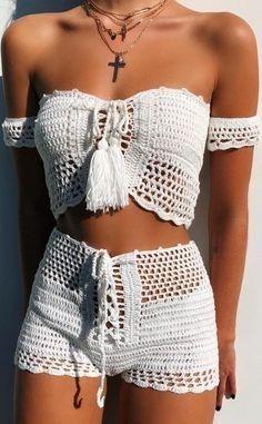 17 Ideas Crochet Top Pattern Ganchillo For 2019 Crochet Shorts Pattern, Crochet Patterns Free Tops, Crochet Ideas, Motif Bikini, Crochet Summer Tops, Crochet Tops, Crochet Style, Black Crochet Dress, Crochet Bikini Top