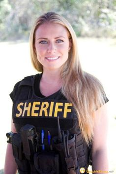 American Women Police Officers | america american cop female officer police policewoman