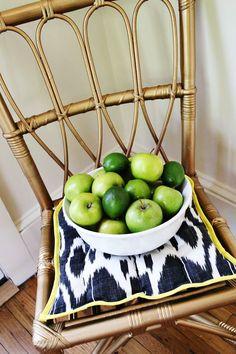 DIY // Old wicker chair painted with Martha Stewart liquid gilding… pretty!