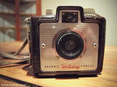 Google Image Result for http://modernrags.com/wp-content/uploads/2010/12/Brownie-Holiday-Camera.jpg