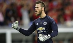 Herrera urges Manchester United not to sell David de Gea