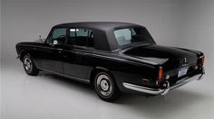 Photos: 1970 Rolls-Royce Silver Shadow long wheel base Saloon - Road & Track