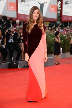 Elisa Sednaoui covered up in a colorblocked Stella McCartney gown for the Under…