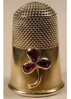 Russian thimble in gold by K Bock