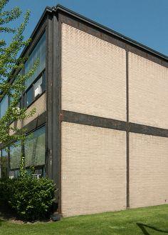 Mies Van Der Rohe Alumni Memorial Hall Illinois