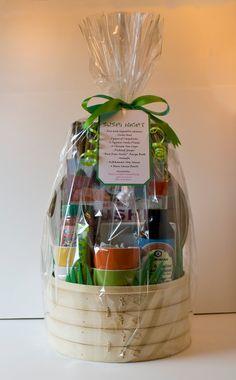 Bildergebnis für das Weiden, das Clipart webt - Basket and Crate Themed Gift Baskets, Raffle Baskets, Diy Gift Baskets, Gift Hampers, Cheap Gifts, Unique Gifts, Homemade Gifts, Diy Gifts, Auction Baskets