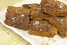 This Protein Pumpkin Squares snack recipe with a vegan option is easy to make, tastes delicious, and, by adding different fruits, the varieties are nearly endless! #healthysnack #cleaneating