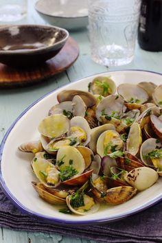 Clam Recipes, Risotto Recipes, Cookbook Recipes, Wine Recipes, Cooking Recipes, Portuguese Recipes, Portuguese Food, My Favorite Food, Favorite Recipes