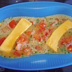 Rührei mit Tomaten und Käse Omelett Meister