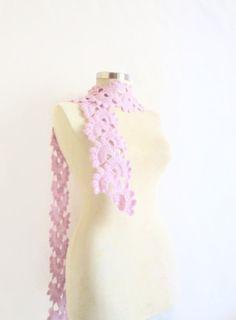 Scarf Liliac horton Necklacecollar cowl capelet by CrochetChi