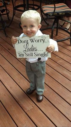 Don't worry ladies I'm still single ring bearer sign! I love this for my ring bearer!!